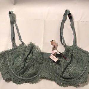 Victoria's Secret Other - Victoria's Secret bra sz 32D color light green